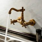 Sprinkle antique inspirée robinet de cuisine fixation murale (finition laiton antique) Robinet Evier Style Antique de la marque Sprinkle image 2 produit